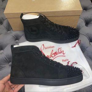 New Size 40.5 Christian Louboutin Lou Sneakers